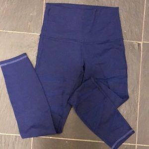Lululemon mesh cutout leggings size 6